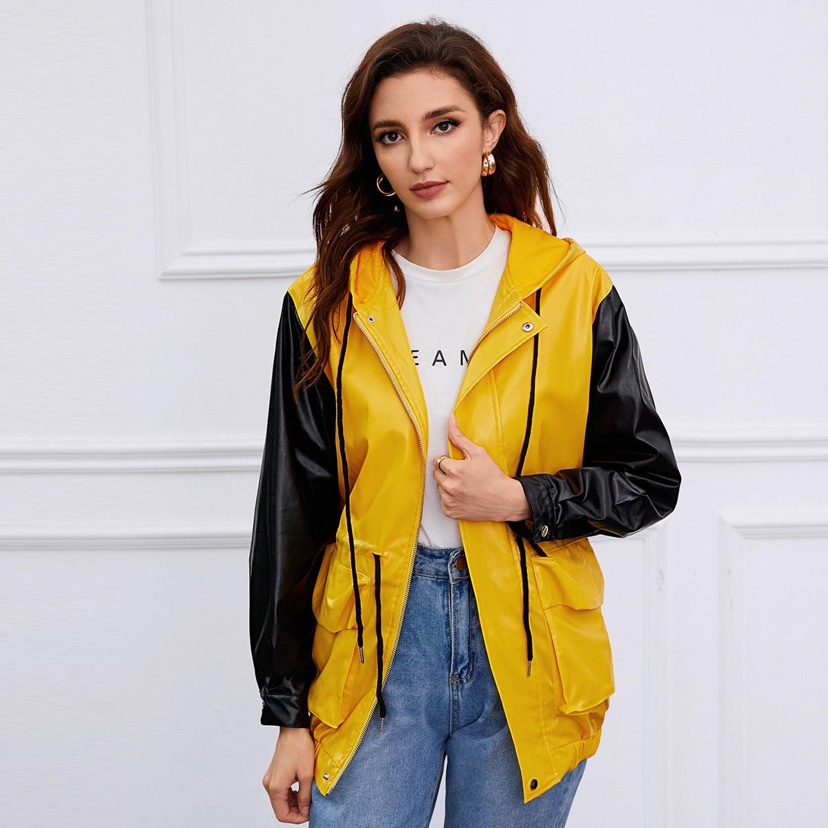 Контрастная куртка из искусственной кожи на кулиске и молнии