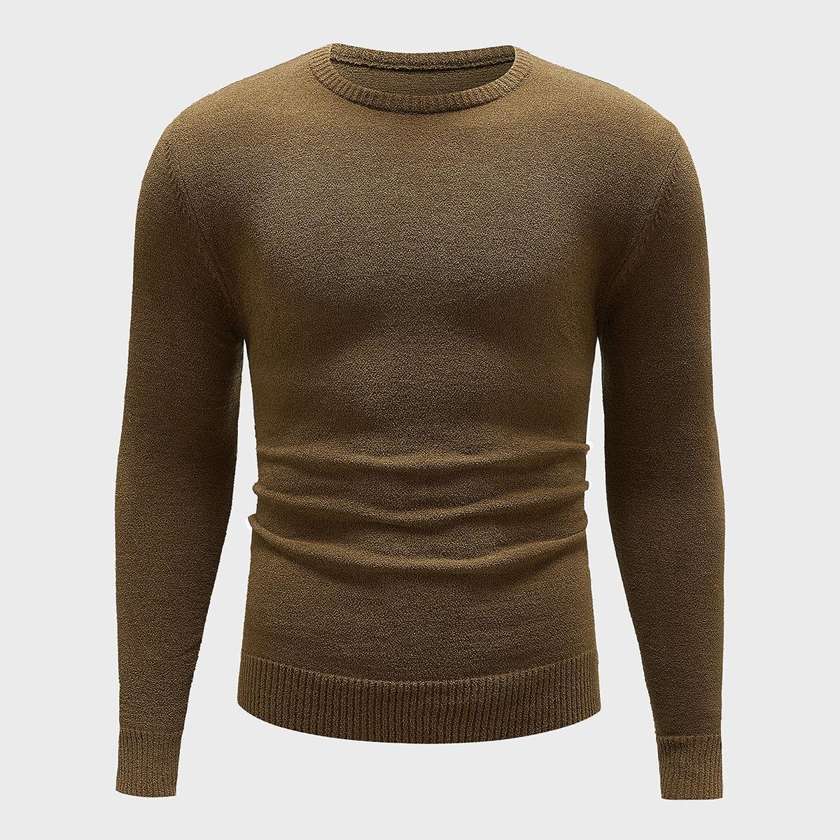 Мужской свитер с круглым вырезом