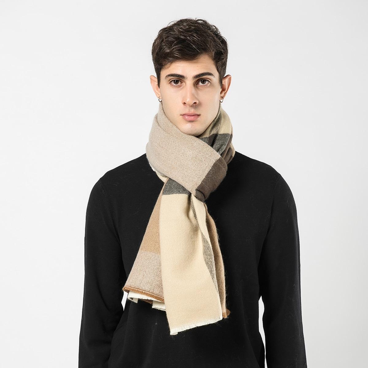 SHEIN Geruite sjaal voor heren