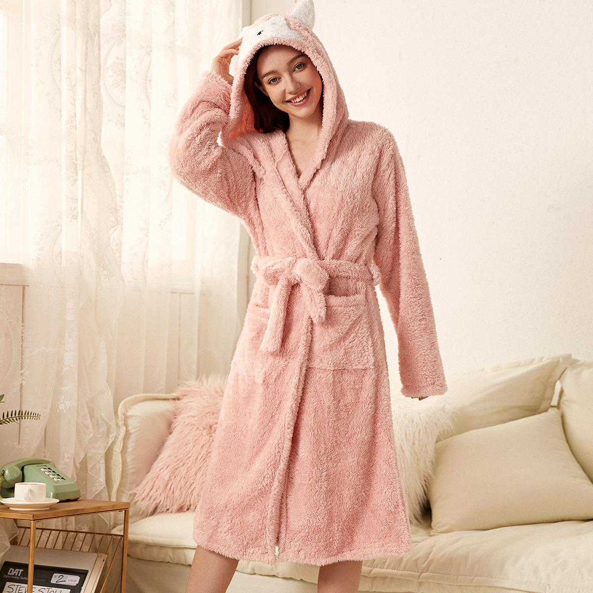 Фланелевый халат с поясом и капюшоном