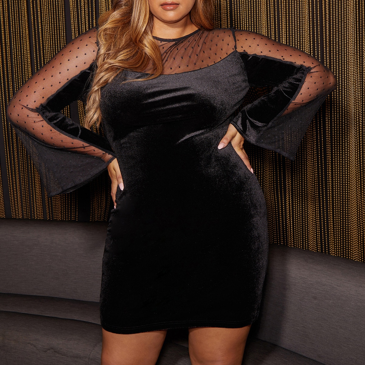 Бархатное платье с сетчатым рукавом размера плюс