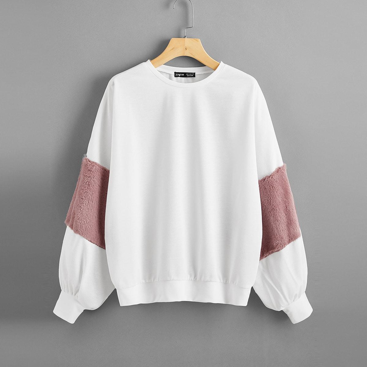 Плюшевый пуловер размера плюс