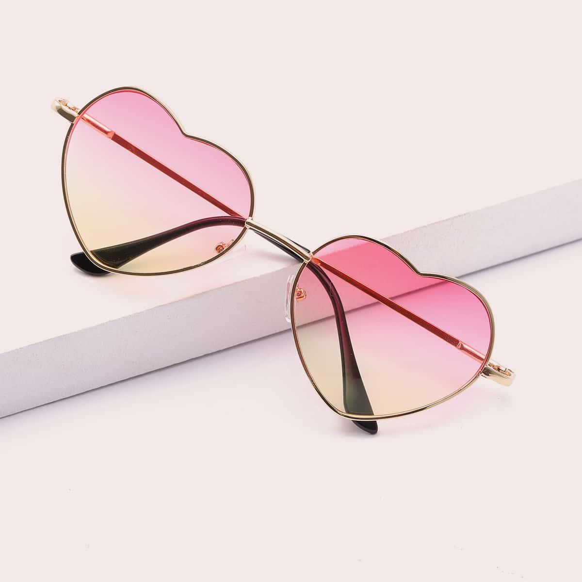 Детские солнцезащитные очки в оправе в форме сердца