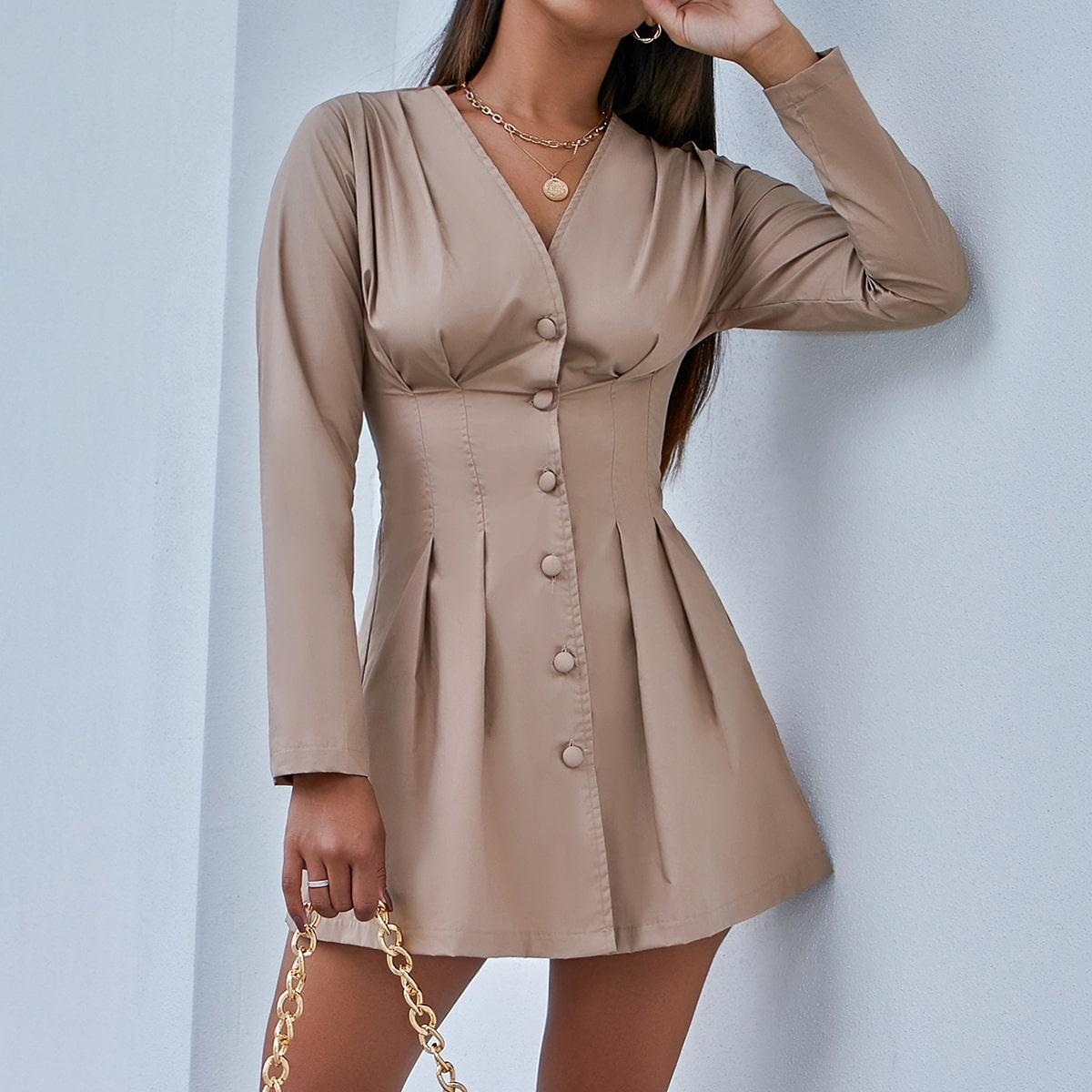 Однотонное платье-рубашка с пуговицами