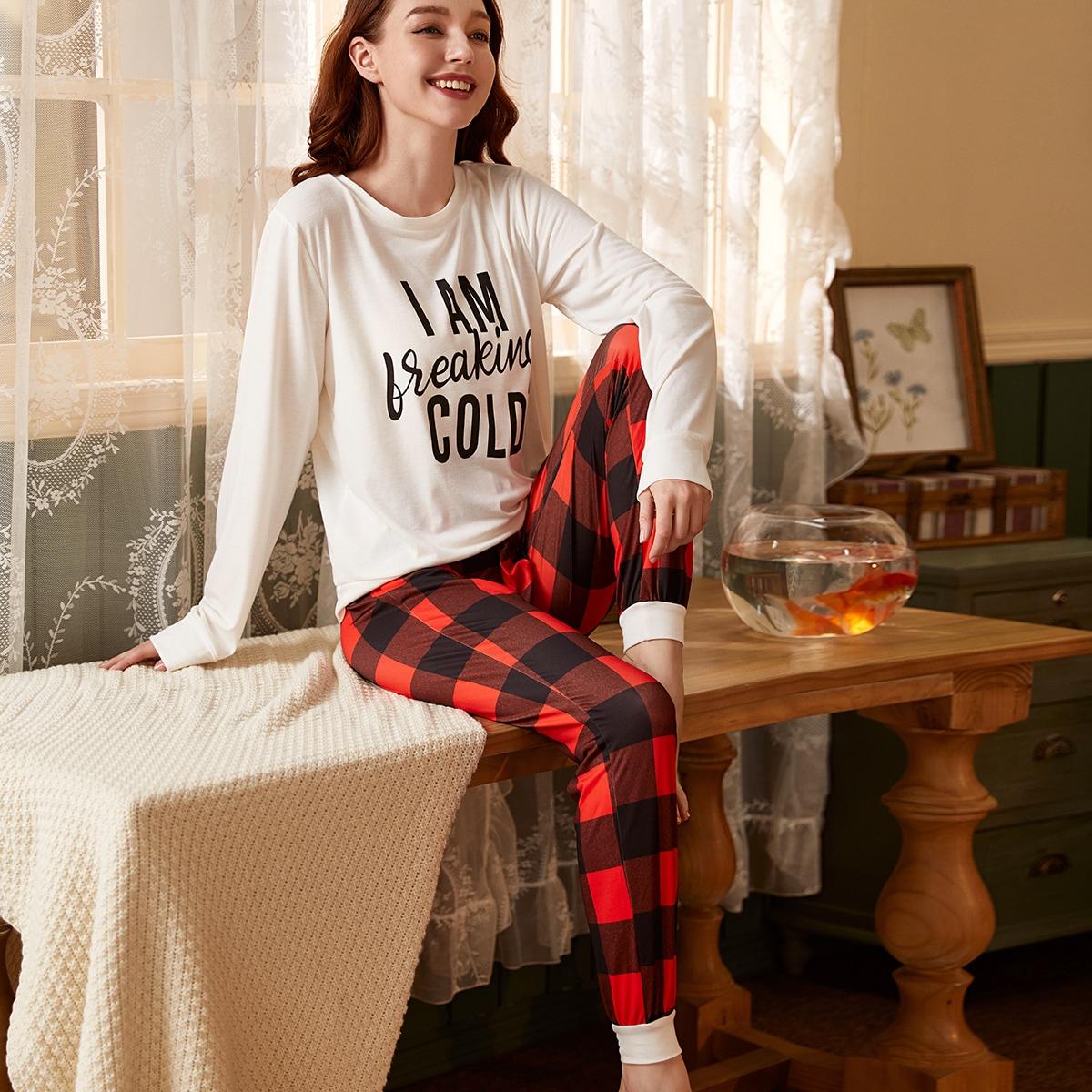 Пижама в клетку с текстовым принтом