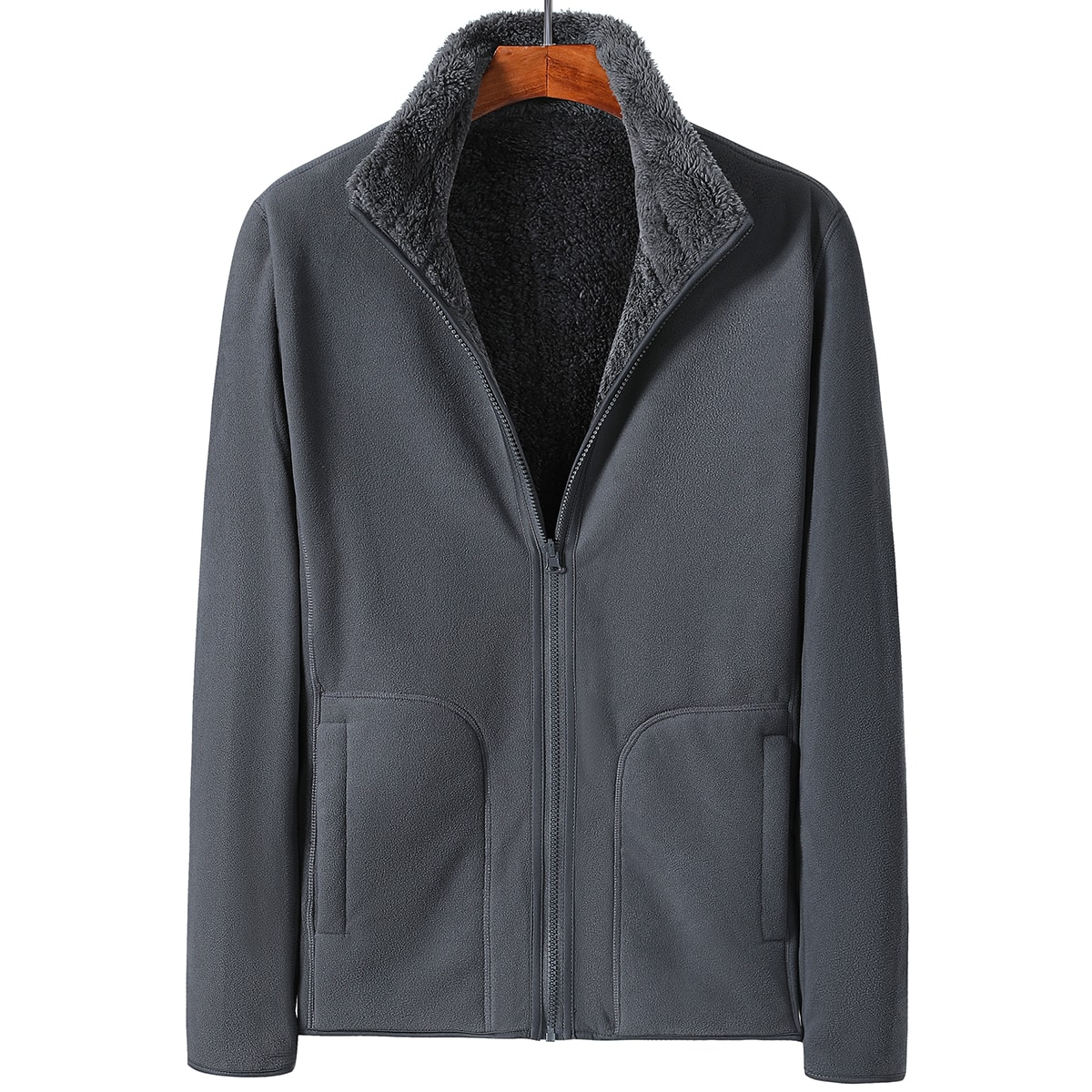 Мужская куртка с плюшевой подкладкой