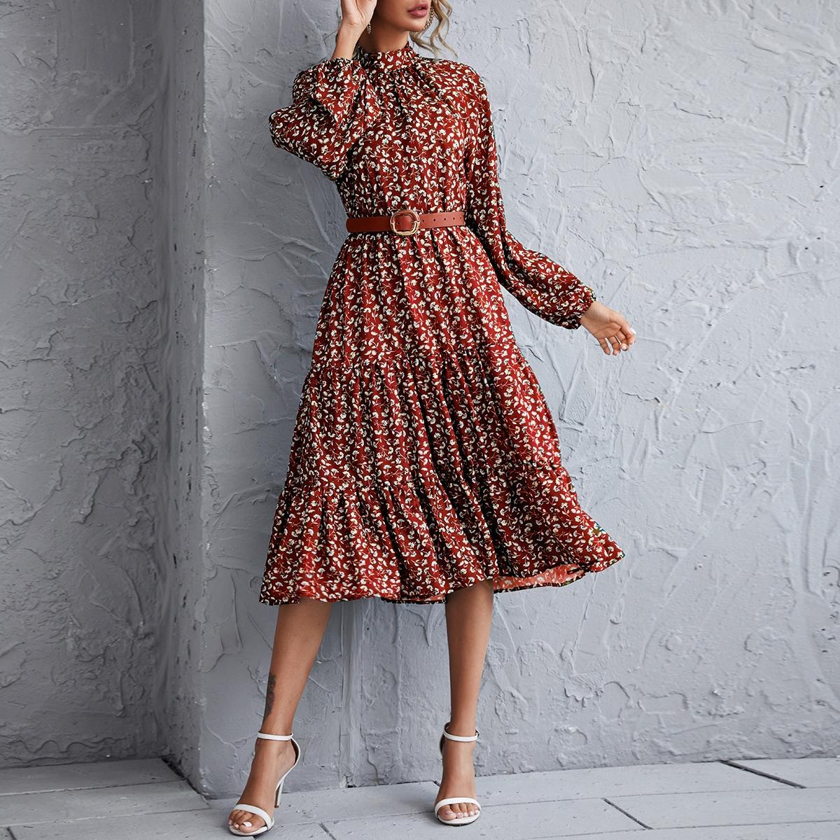 Платье с цветочным принтом и воротником-стойкой
