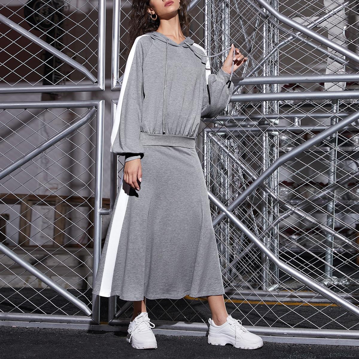 Толстовка с оригинальным рукавом и юбка