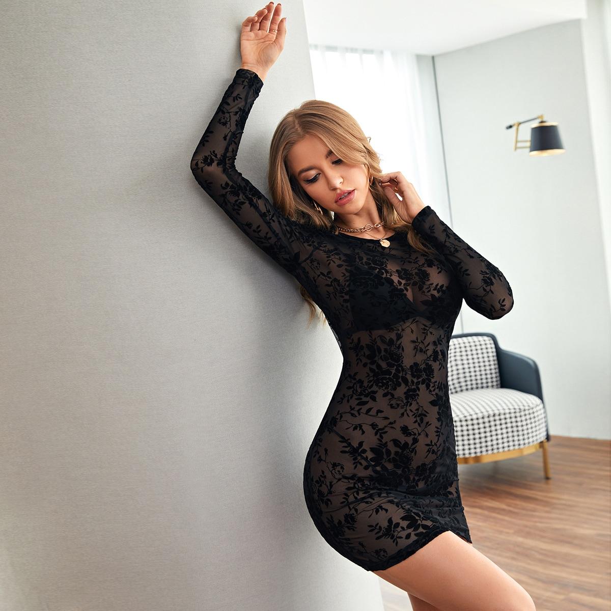Сетчатое прозрачное облегающее платье без нижнего белья