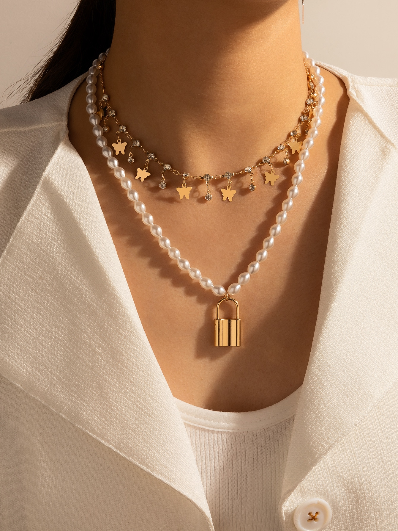 Lock Charm Faux Pearl Beaded Layered Necklace thumbnail