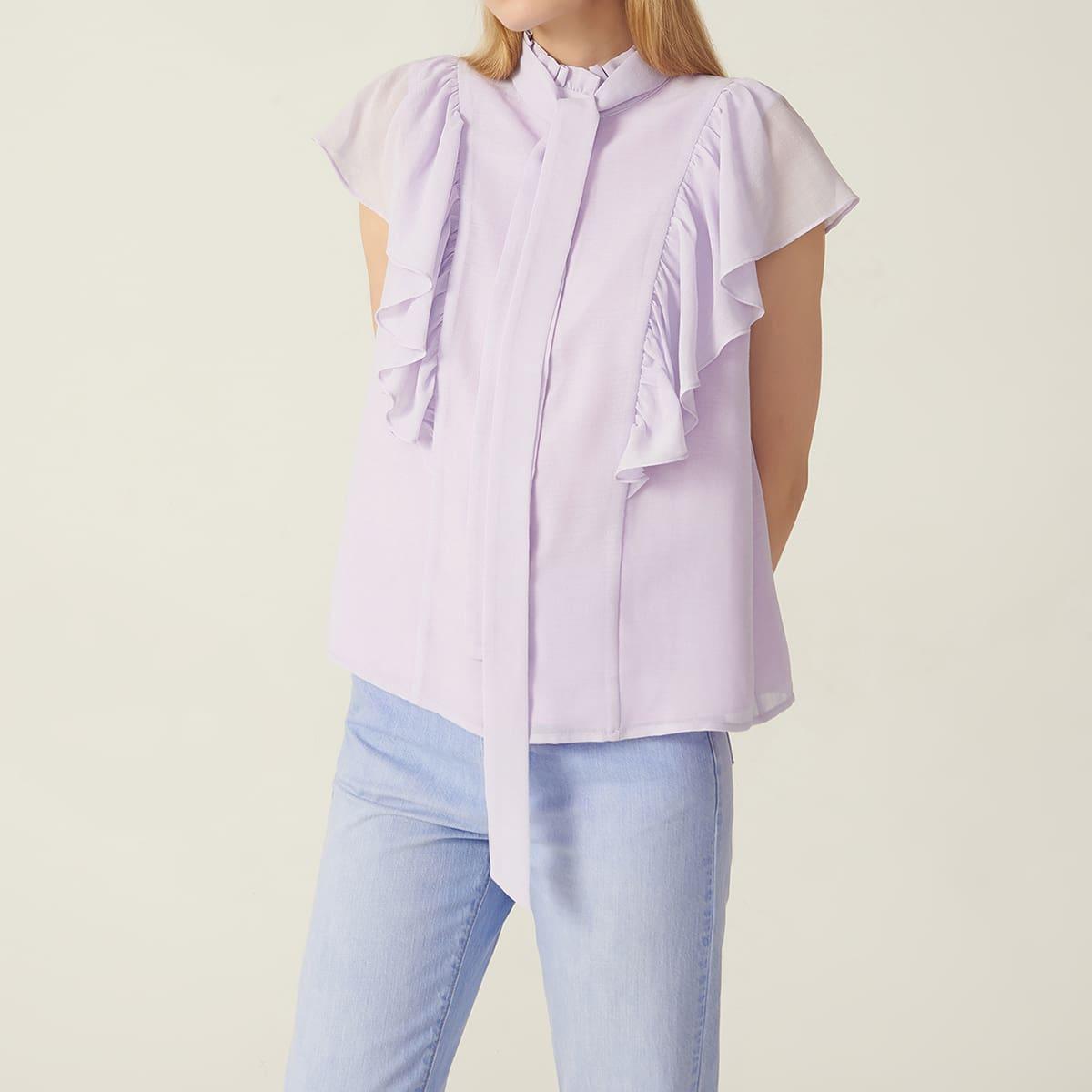 Блуза с узлом и оборками