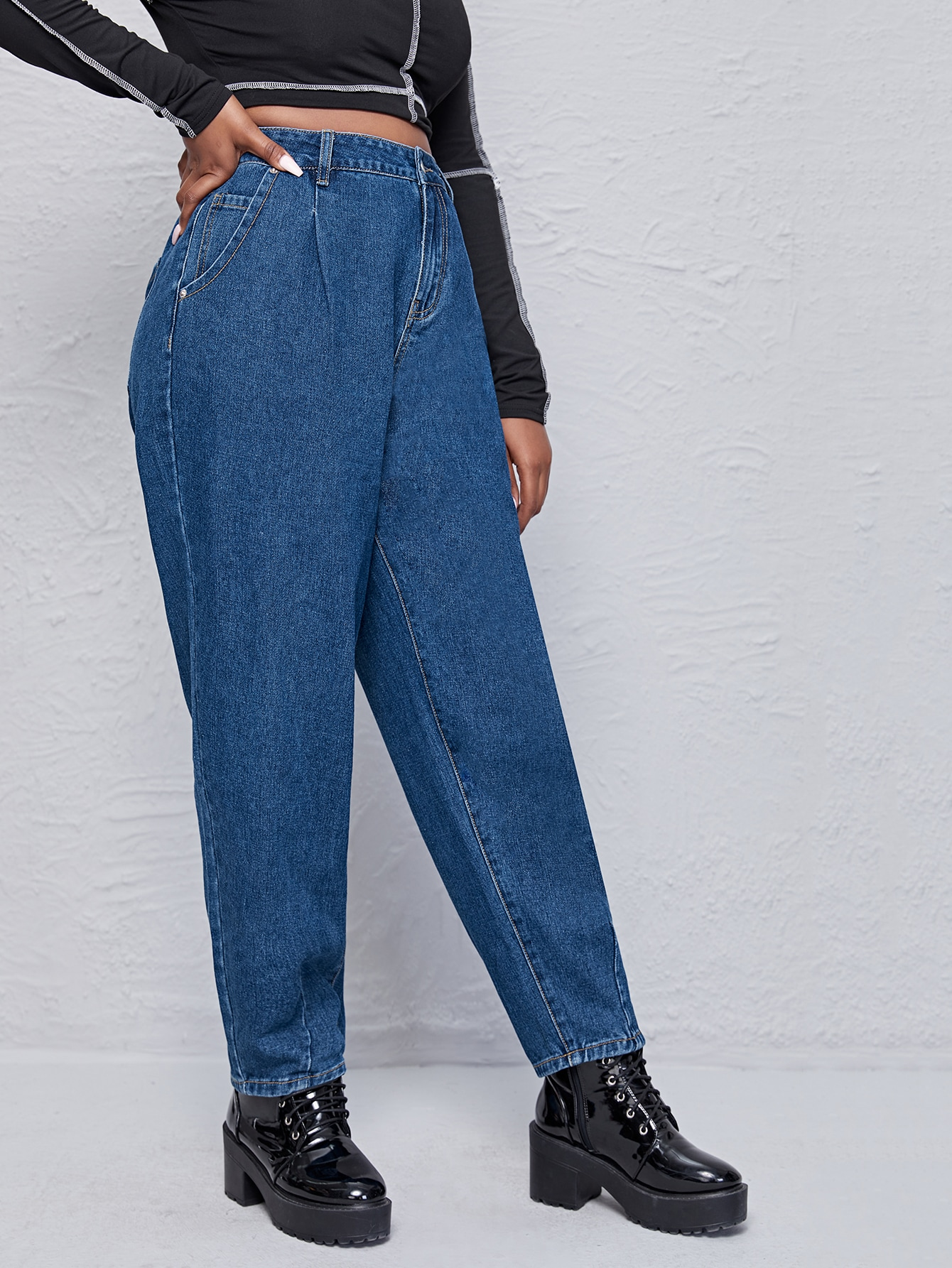 Plus High Waist Pocket Side Mom Jeans thumbnail