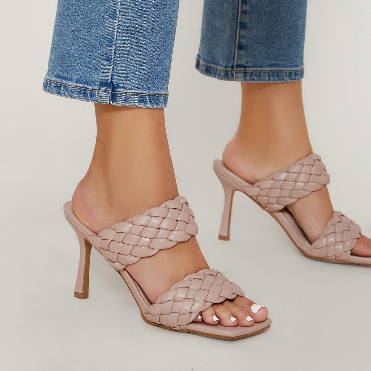 Плетеные туфли на шпильках
