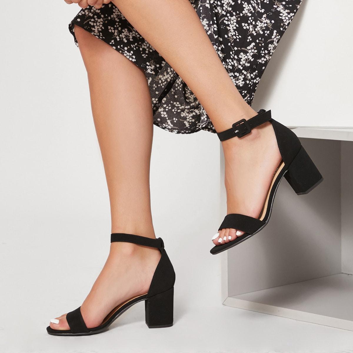 Однополосный ремешок на лодыжке Короткие туфли на каблуках BLACK от SHEIN