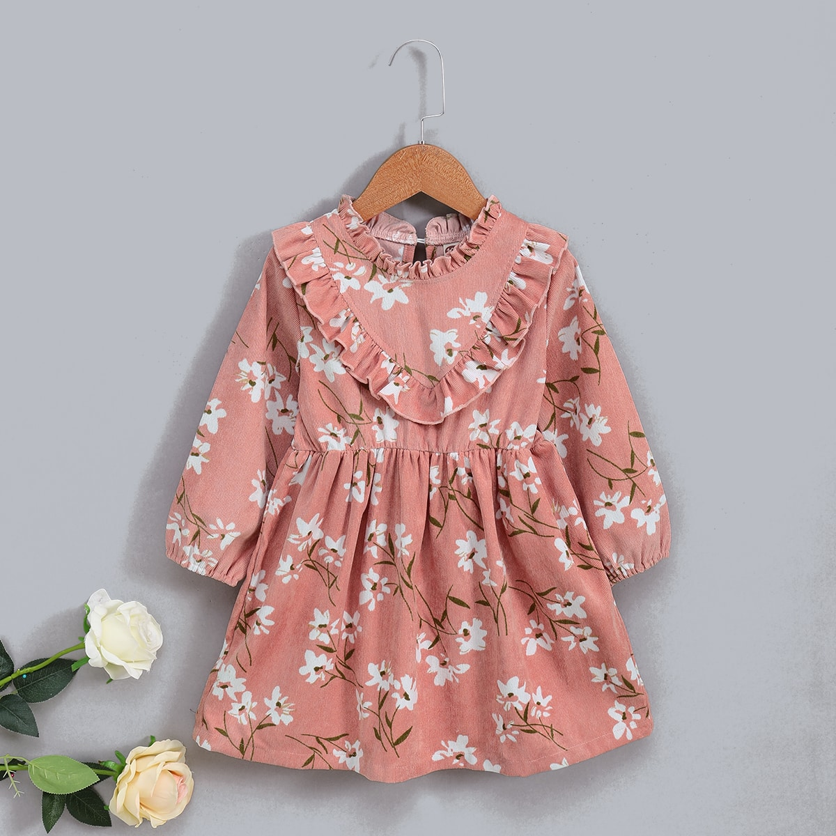 Платье с цветочным принтом и оборками для девочек