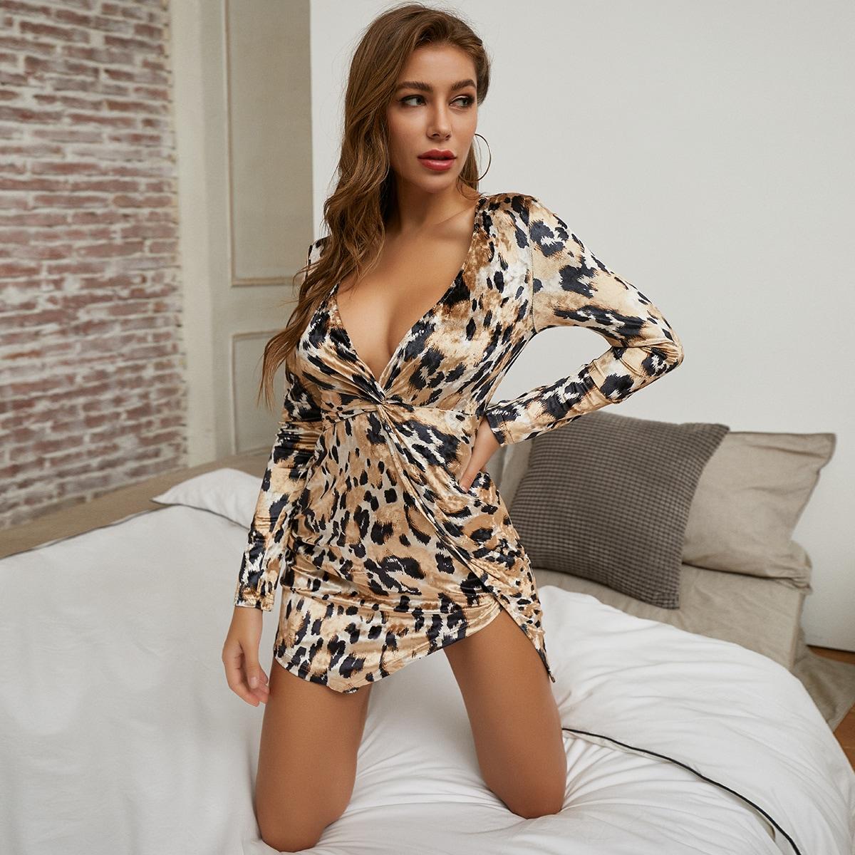 Твист Леопардовый принт Сексуальный Платья