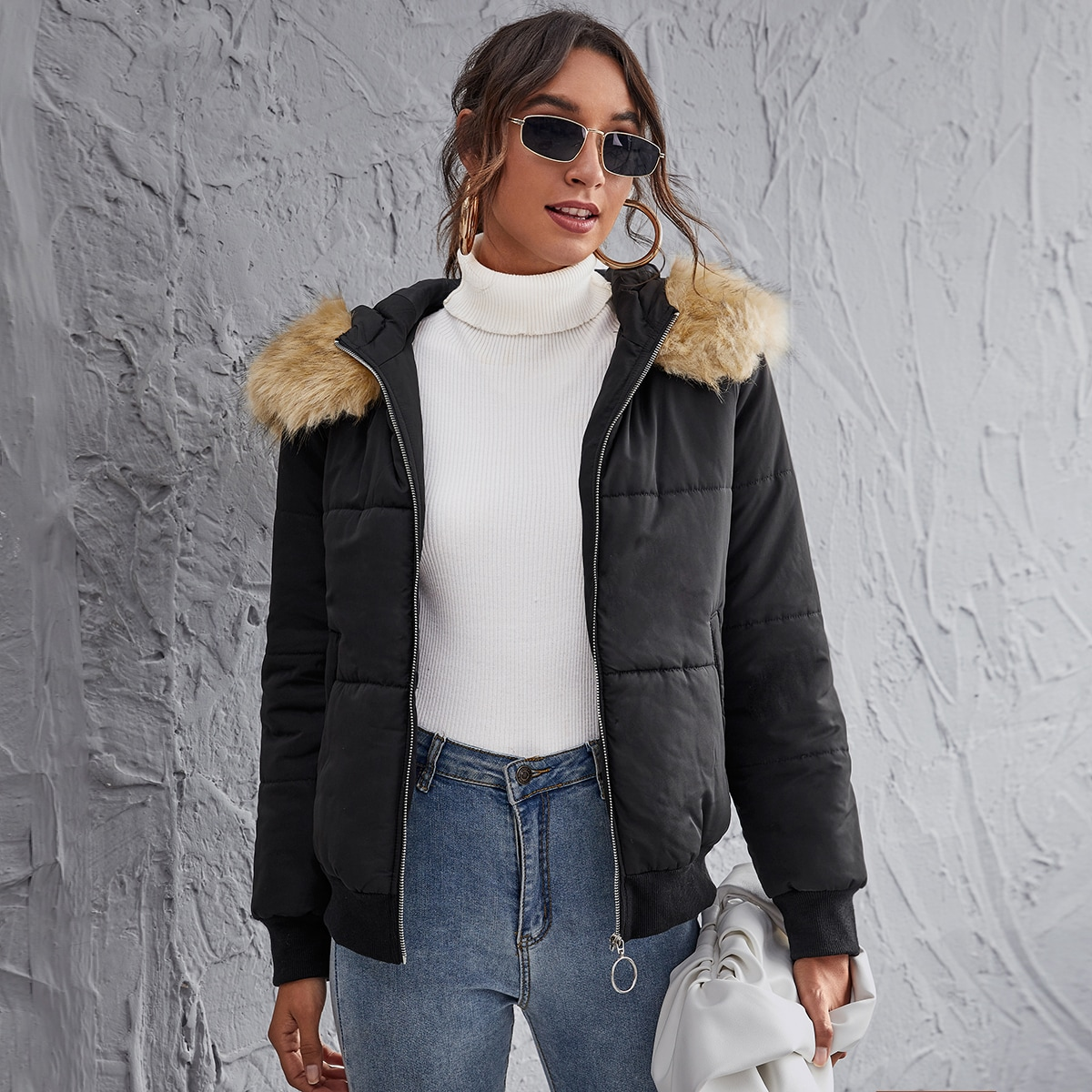 O-ring Zipper Up Contrast Faux Fur Hooded Padded Jacket