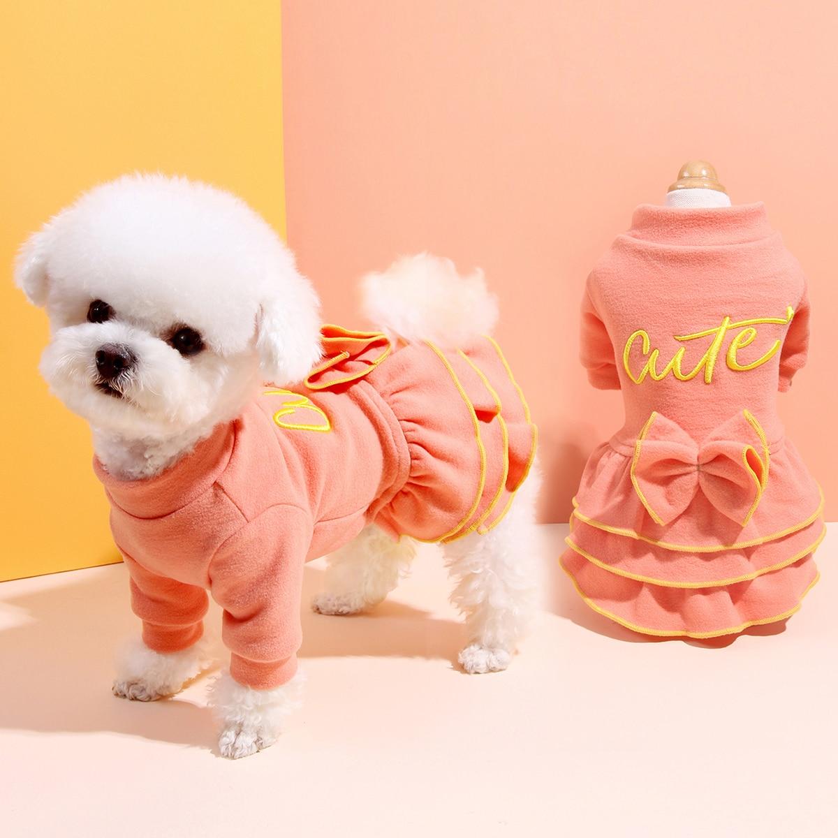 Robe pour chien à volants