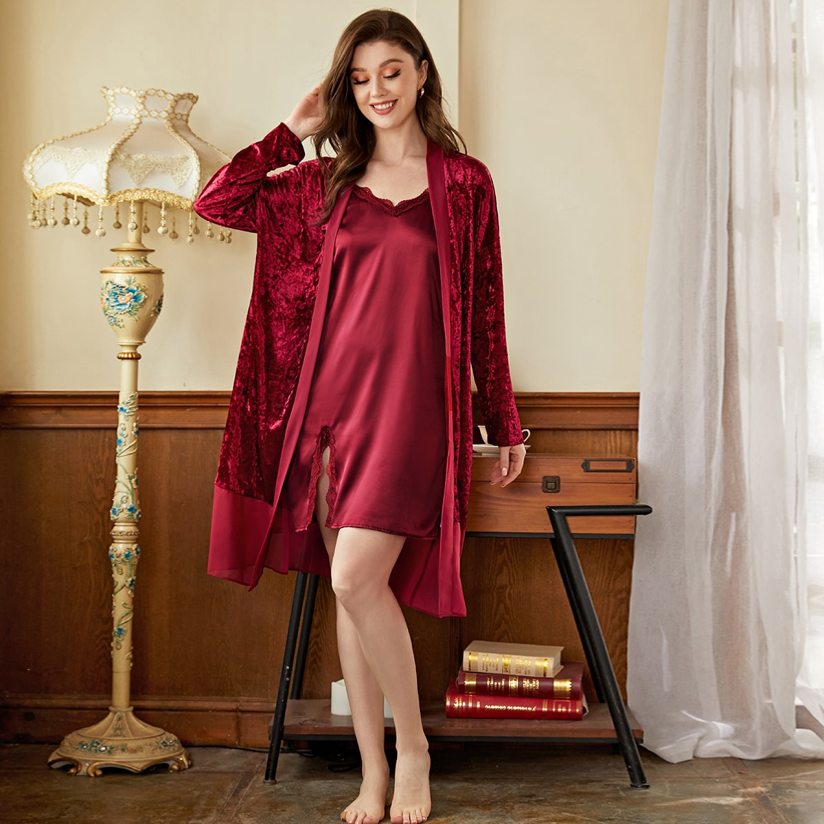 Контрастные кружева Одноцветный Элегантный Ночная пижама