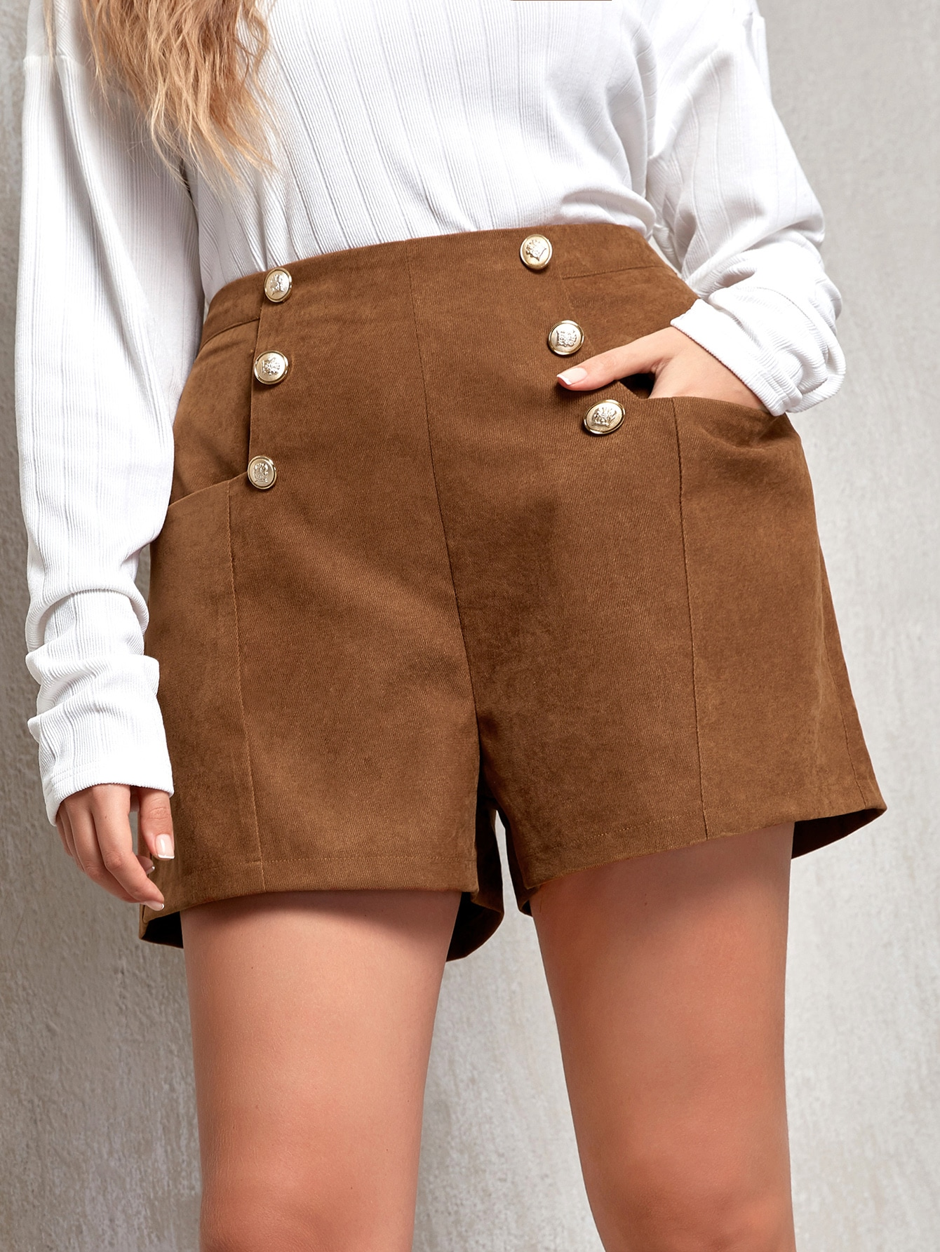 Plus High Waist Double Button Shorts thumbnail
