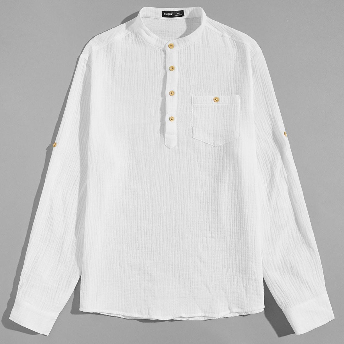 Мужская рубашка на пуговицах с карманом