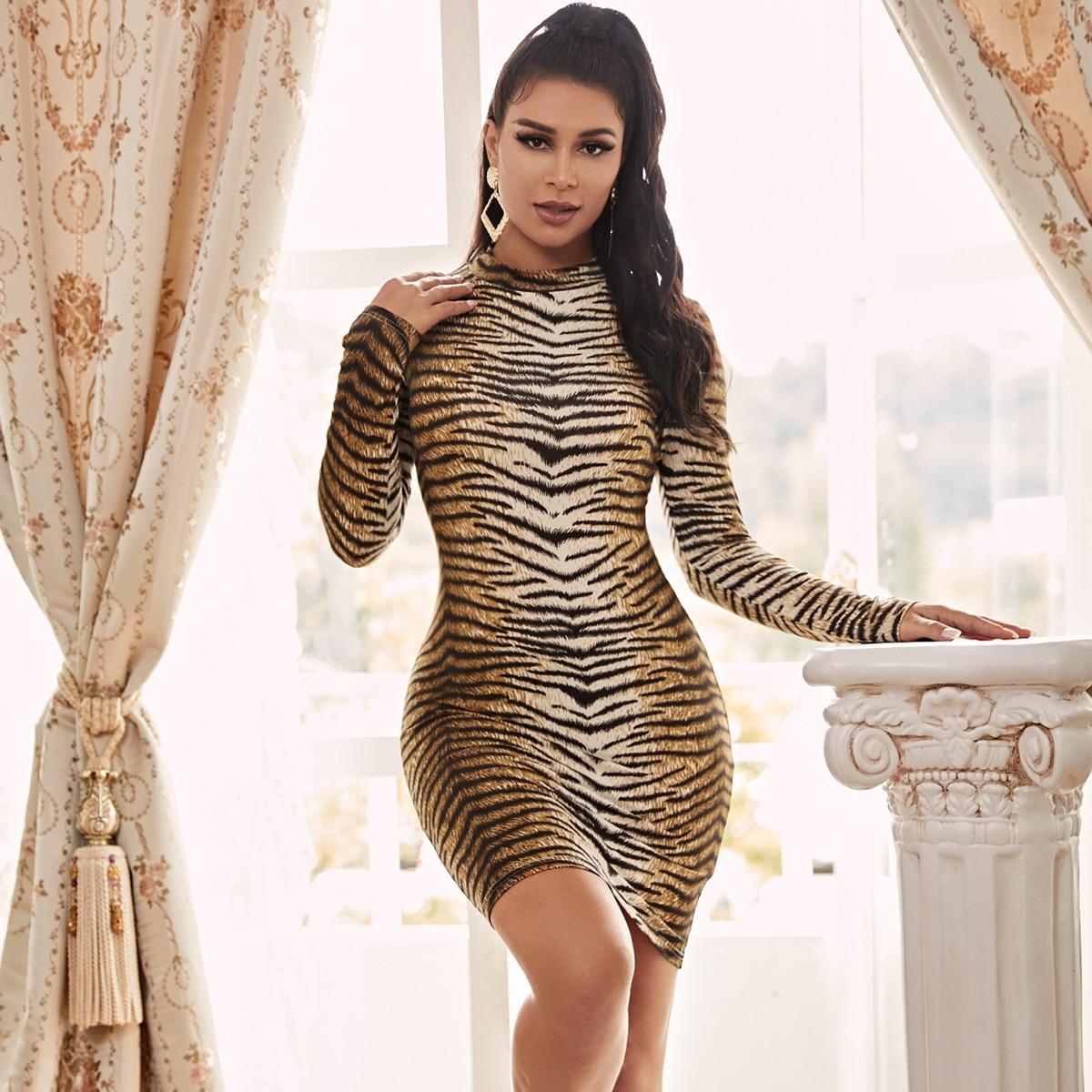 Облегающее платье с тигровым узором