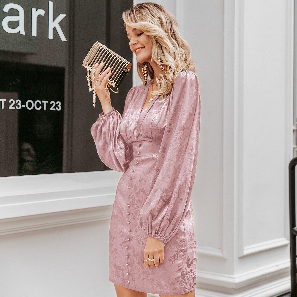 Атласное платье с рукавами фонариками