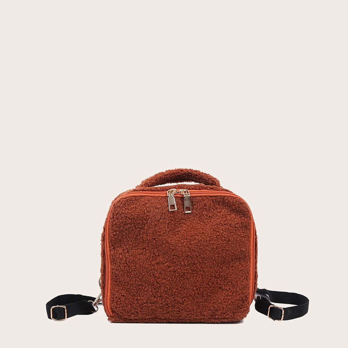 Минималистичный плюшевый рюкзак