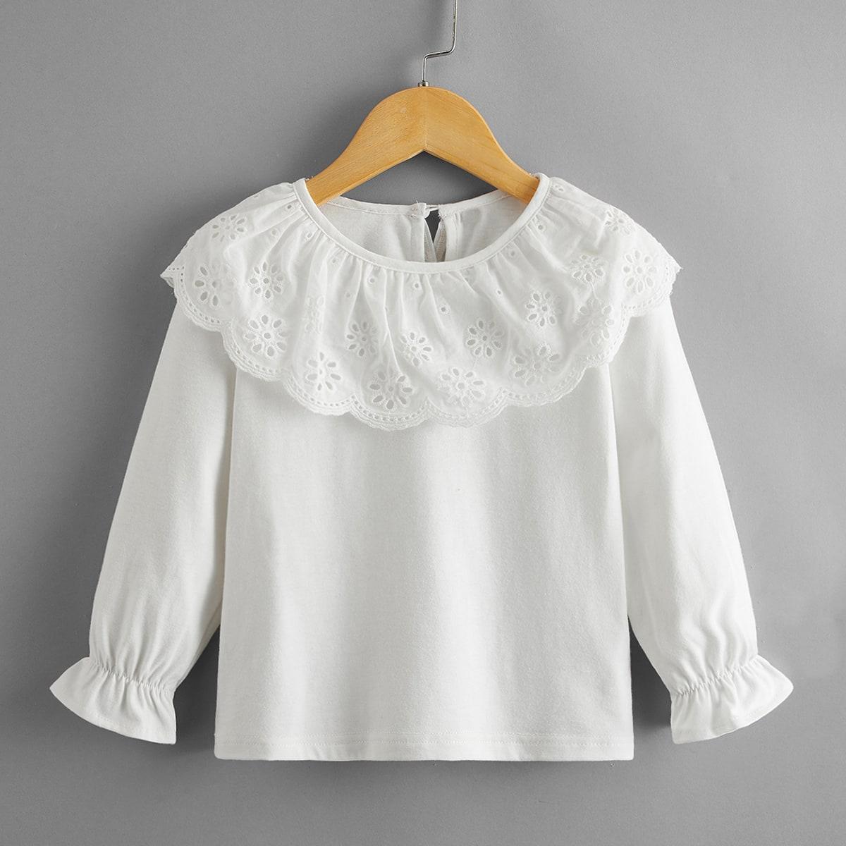 Блузка с ажурной вышивкой для девочек