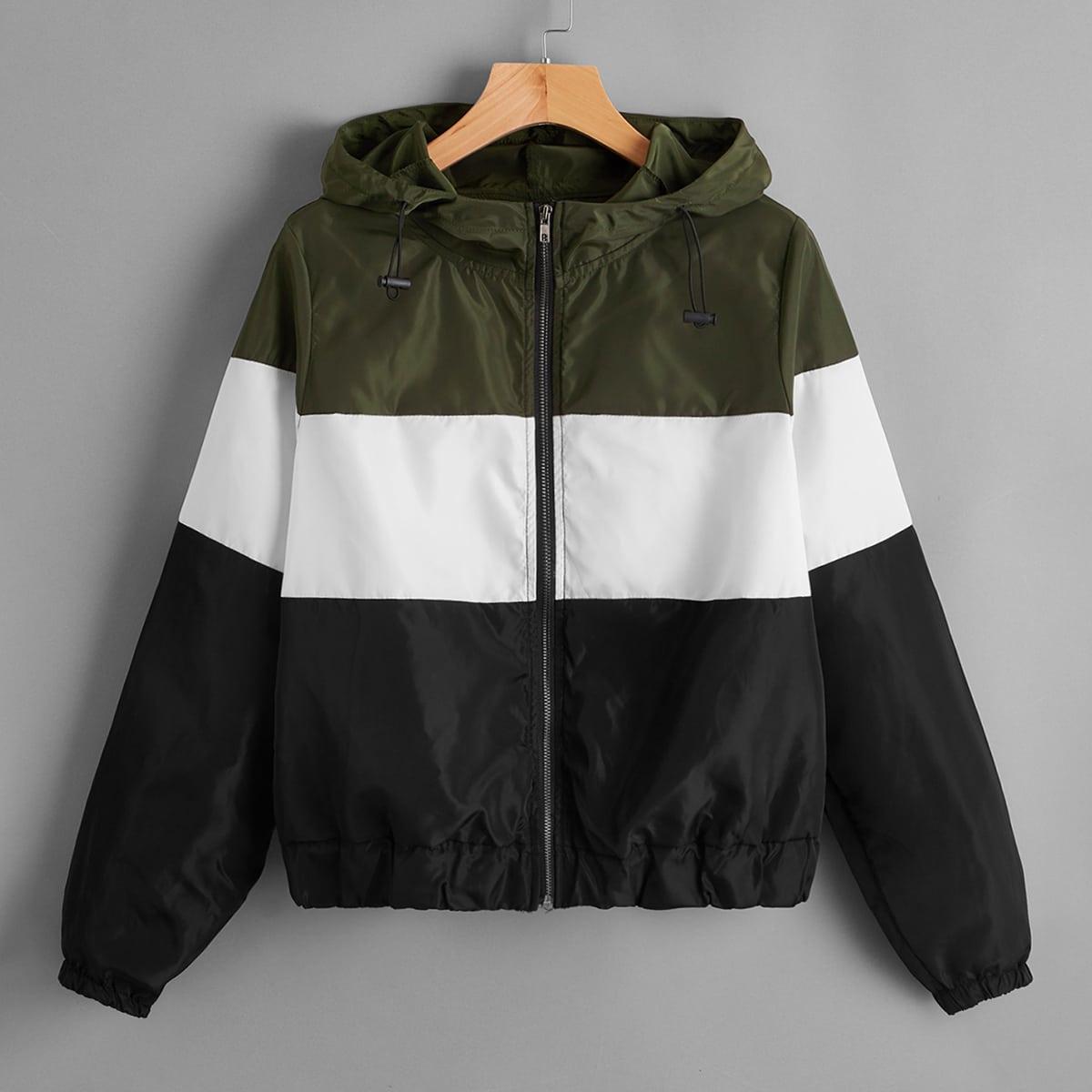Контрастная куртка ветровка на молнии с капюшоном