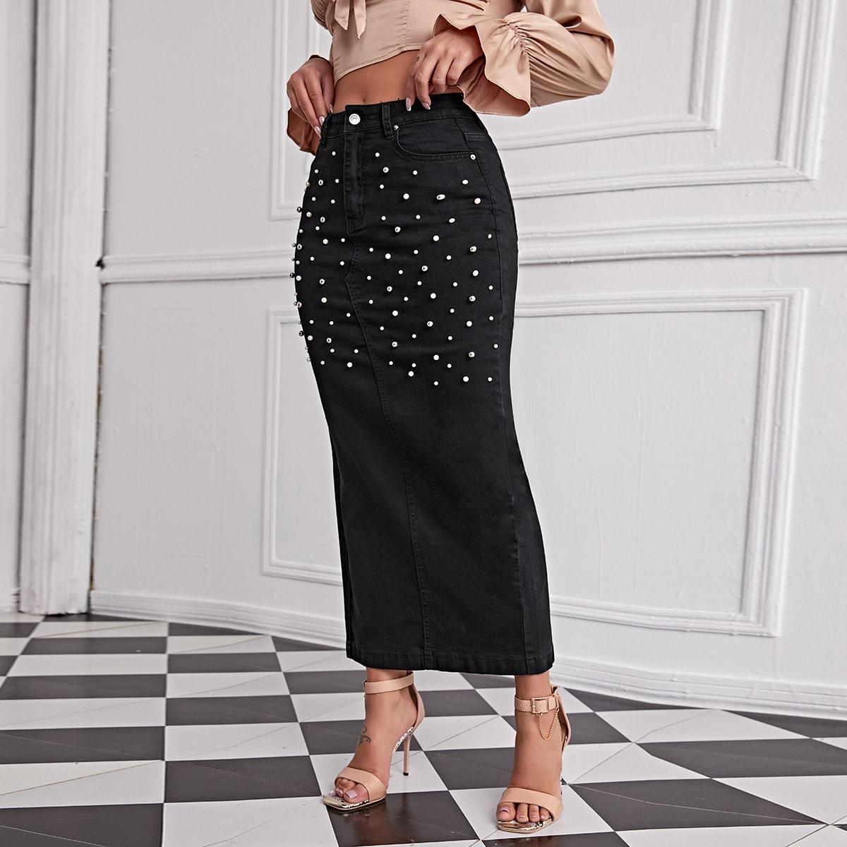 Джинсовая юбка с разрезом и жемчугом
