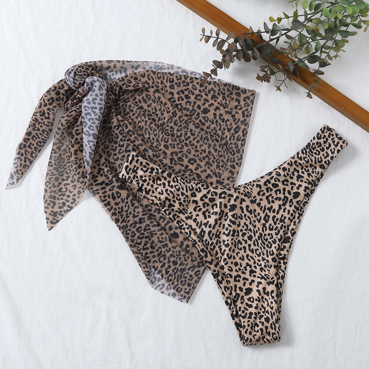 Пляжная юбка и плавки бикини с леопардовым принтом 2шт