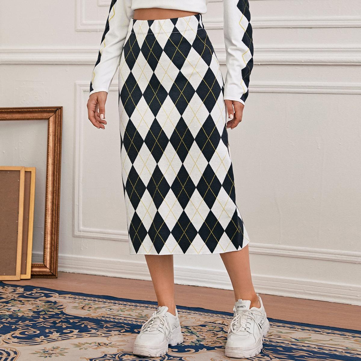 Трикотажная юбка с ромбическим рисунком