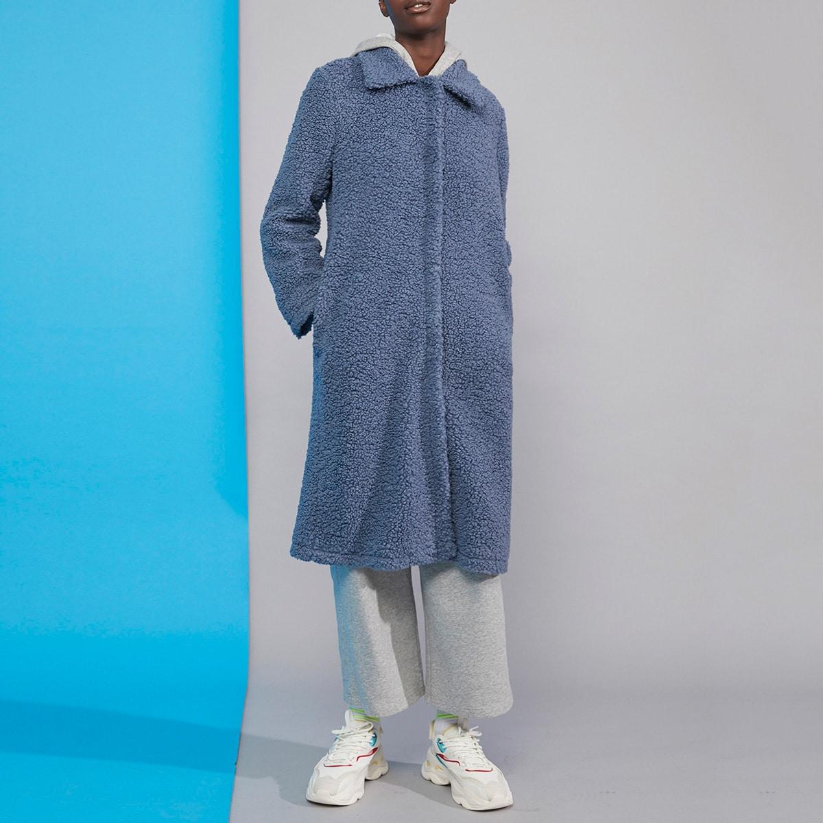 Однотонное плюшевое пальто с карманом