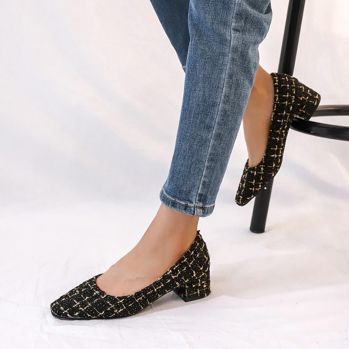 Твидовые туфли на массивном каблуке