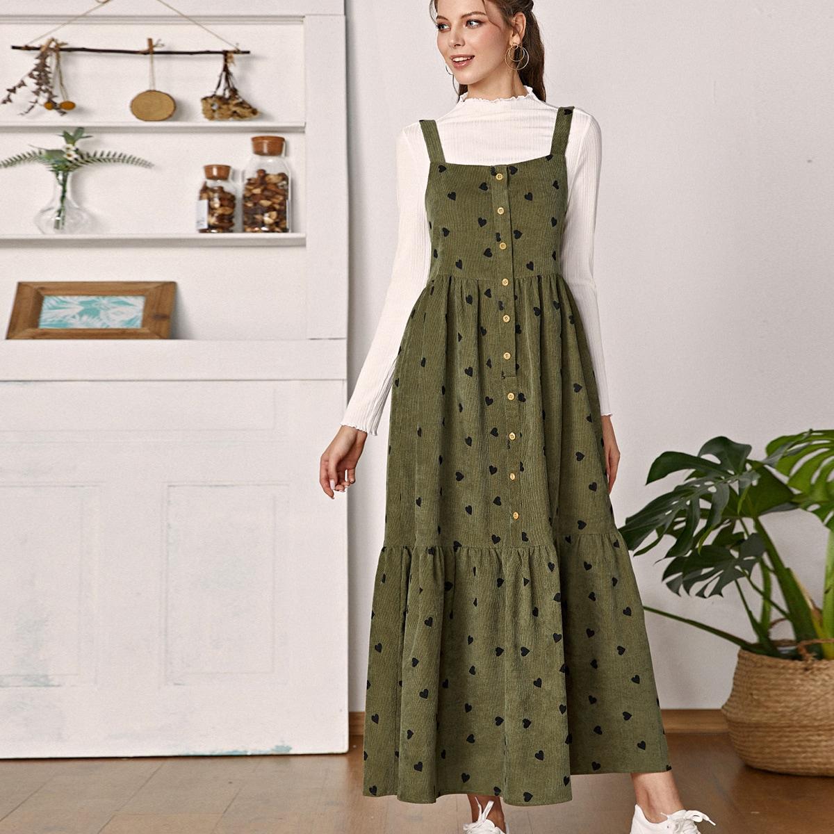 Вельветовое платье с пуговицами и узором сердечка без футболки