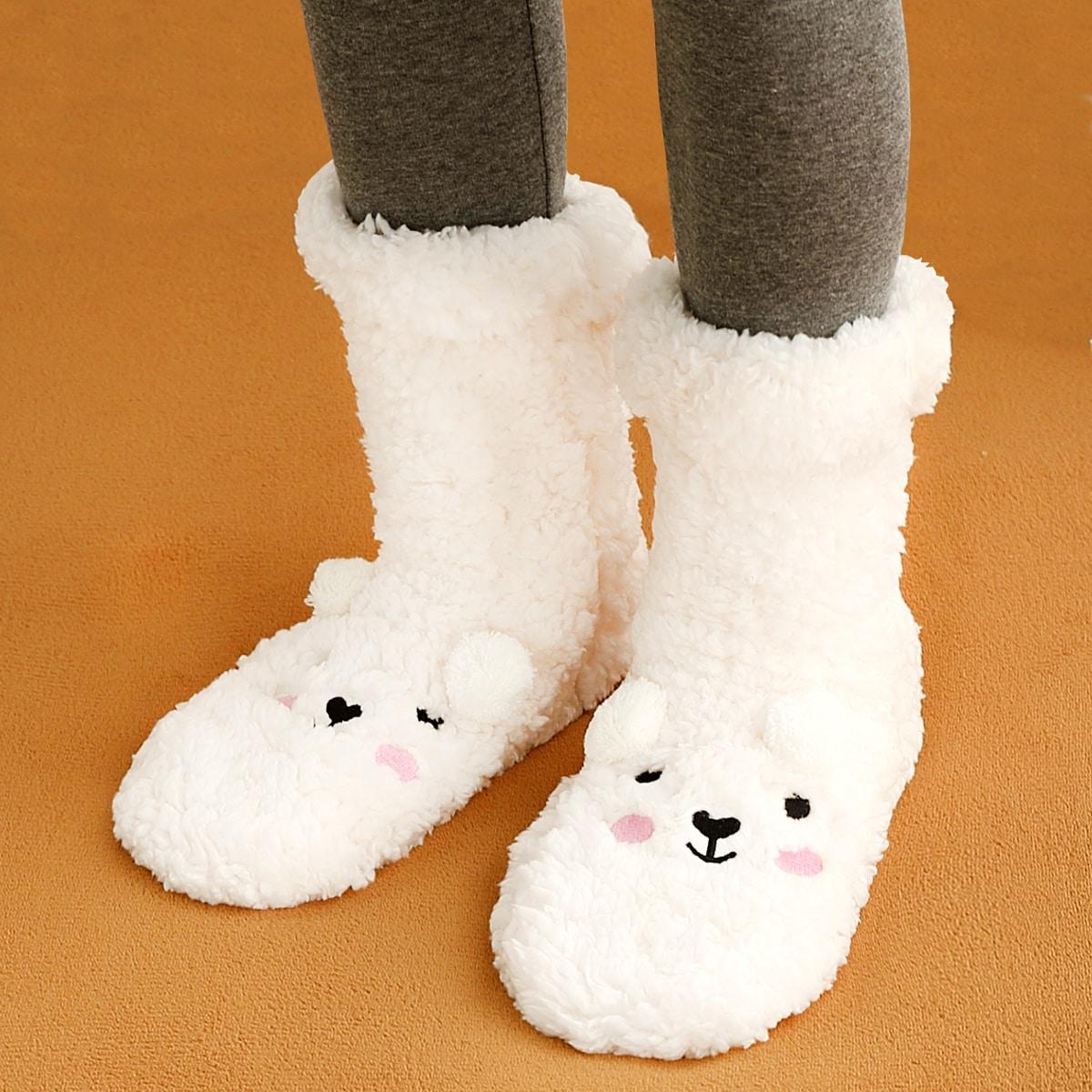 Плюшевые носки с помпоном
