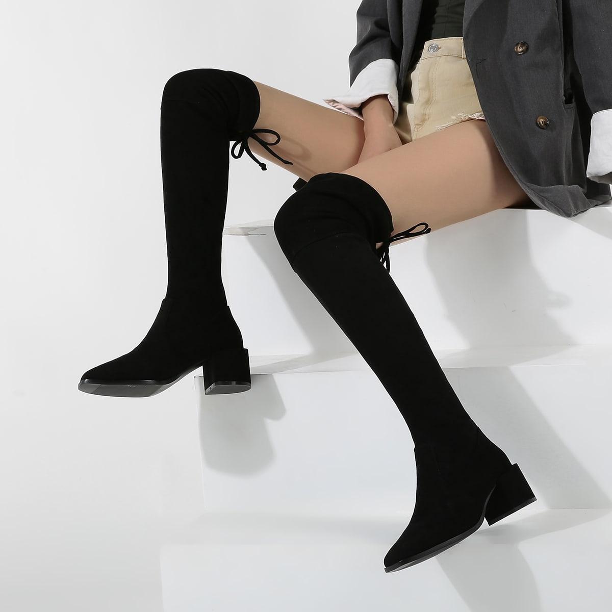 Замшевые сапоги с квадратным носком