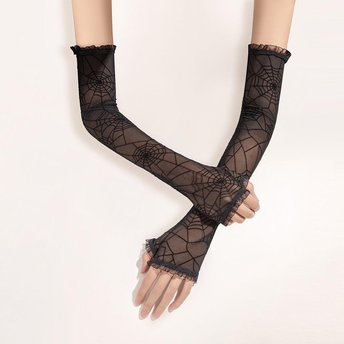 Кружевные перчатки с открытыми пальцами и узором