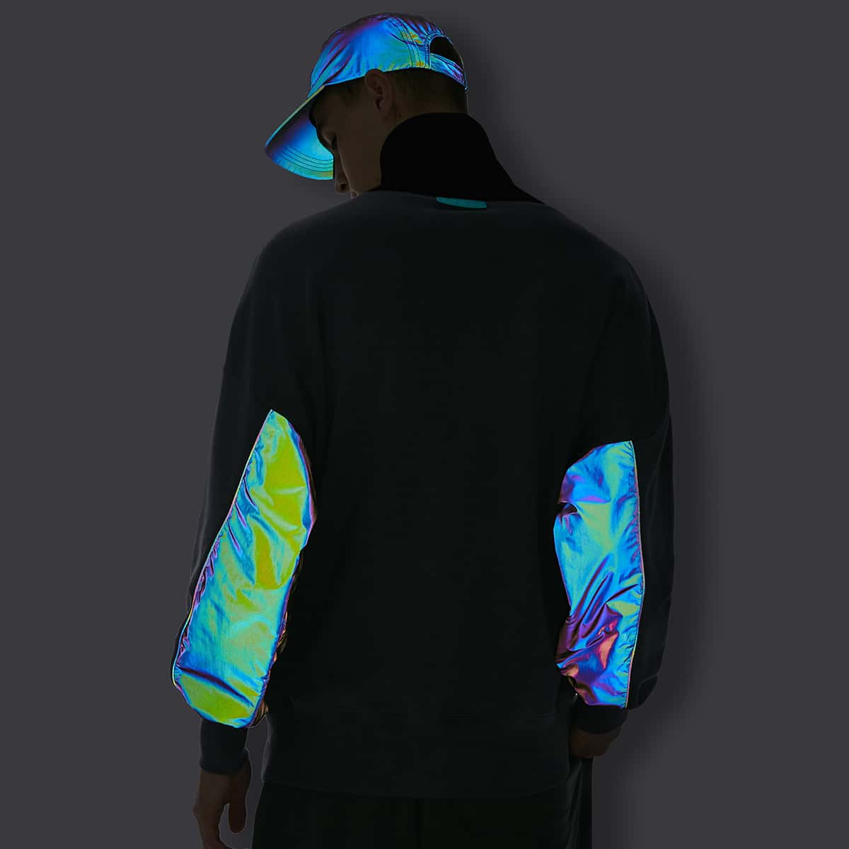 Men Colorblock High Neck Contrast Reflective Pullover