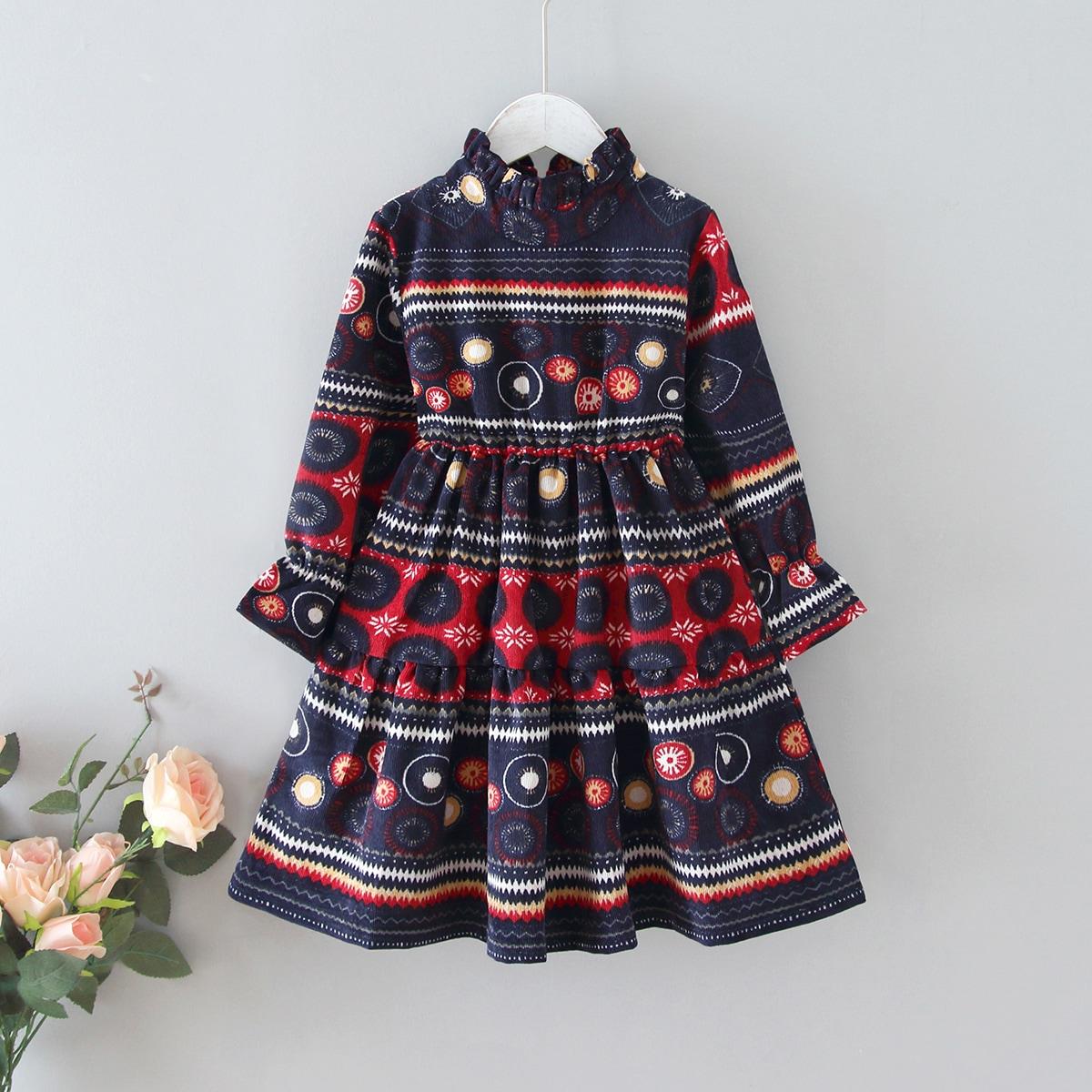 Вельветовое платье с принтом для девочек