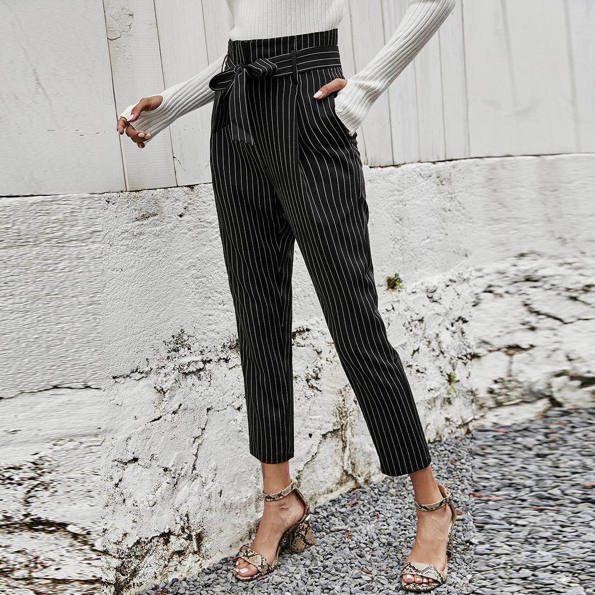 Кроп брюки в полоску с поясом