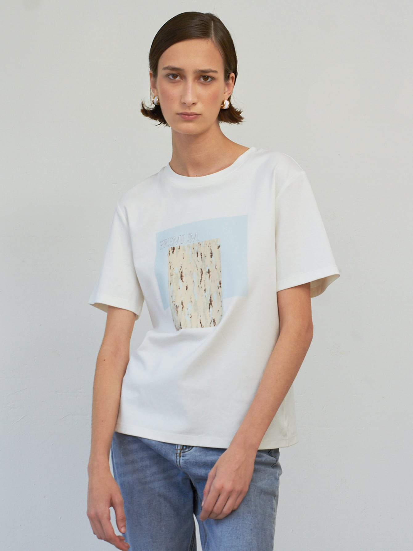 100% COTTON LETTER GRAPHIC T-SHIRT thumbnail