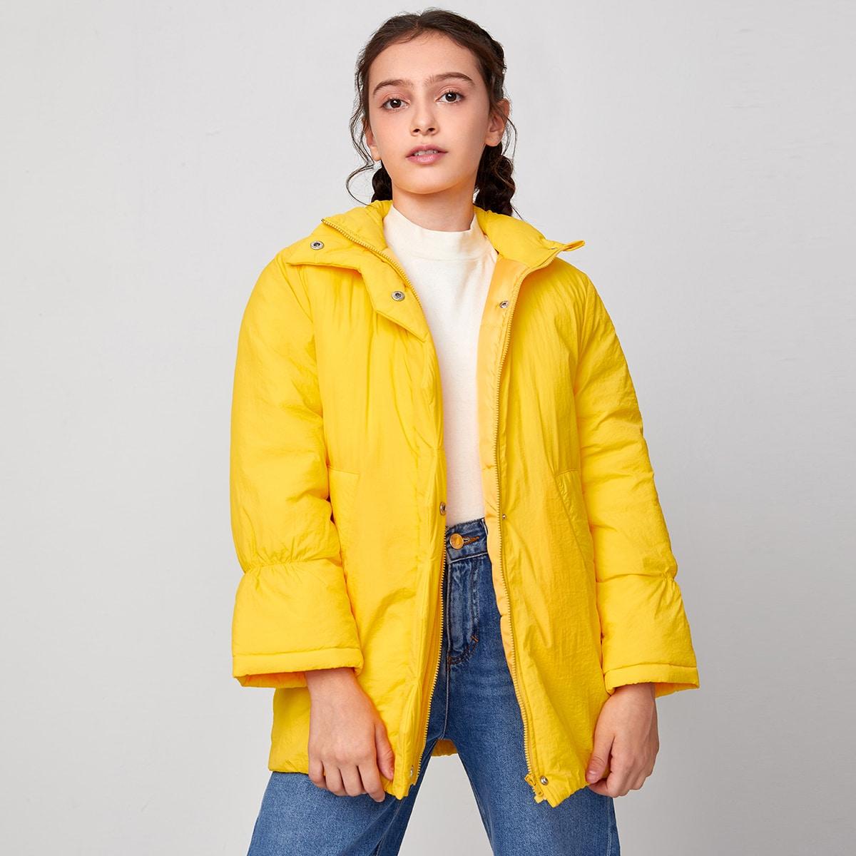 Mantel mit Schößchenärmeln