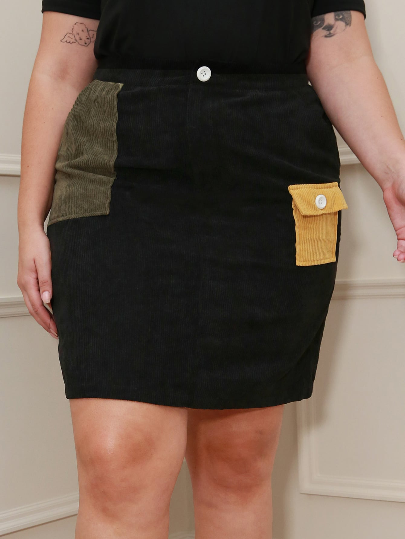 Plus Contrast Flap Pocket Patched Cord Skirt thumbnail