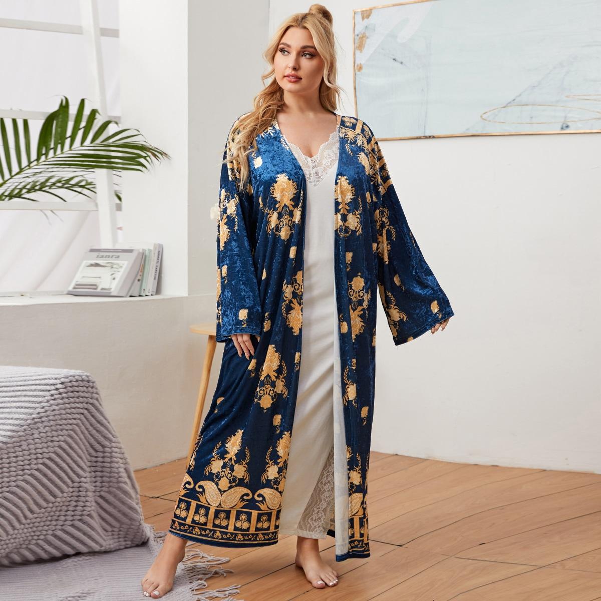 Барокко кимоно размер плюс