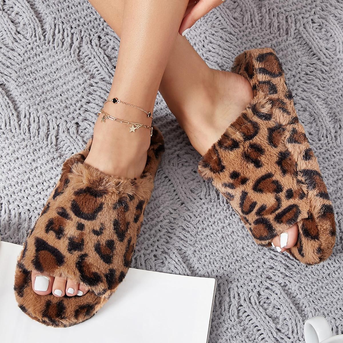 Плюшевые сандалии с леопардовым принтом