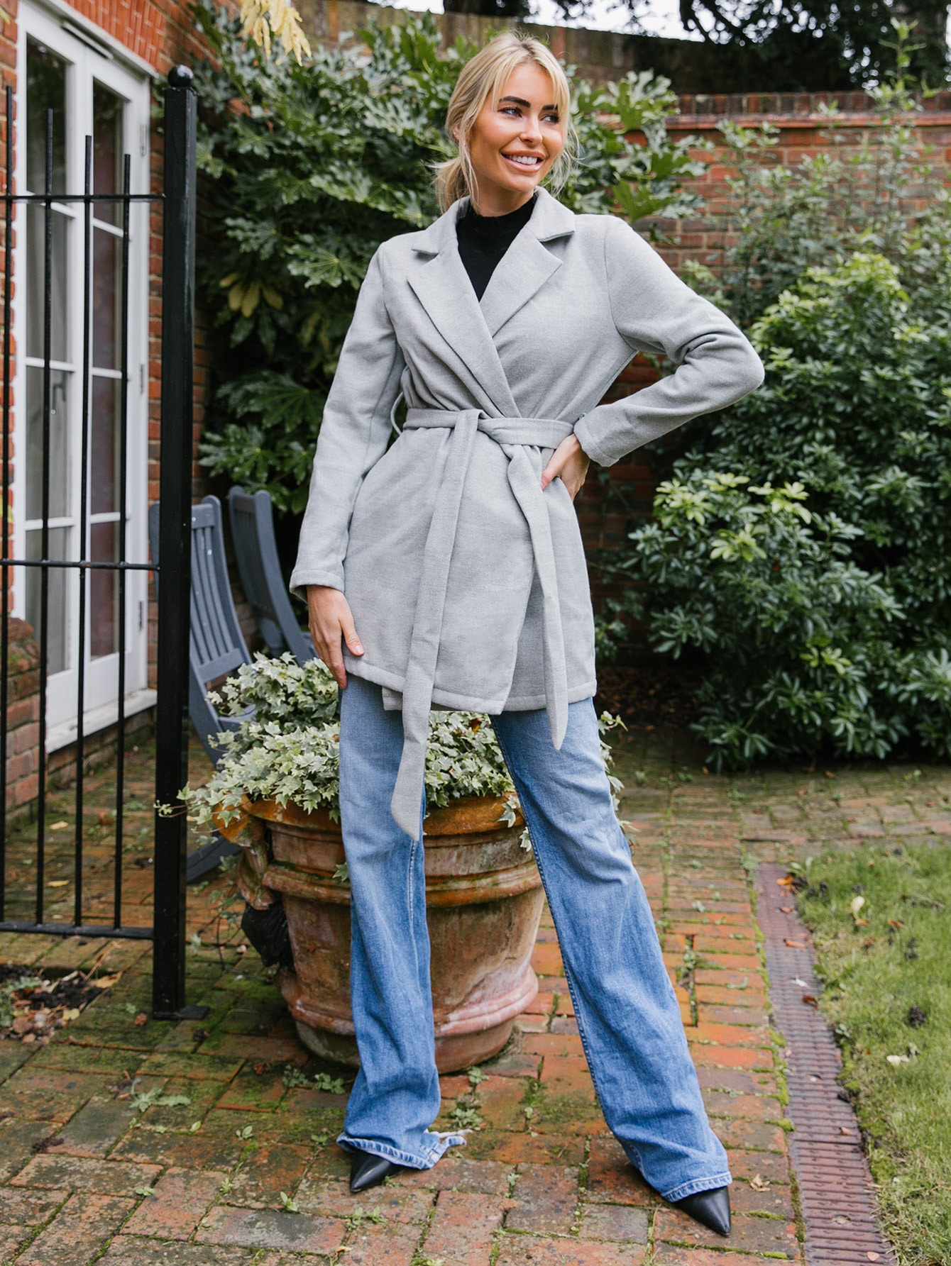lapel collar belted solid blazer