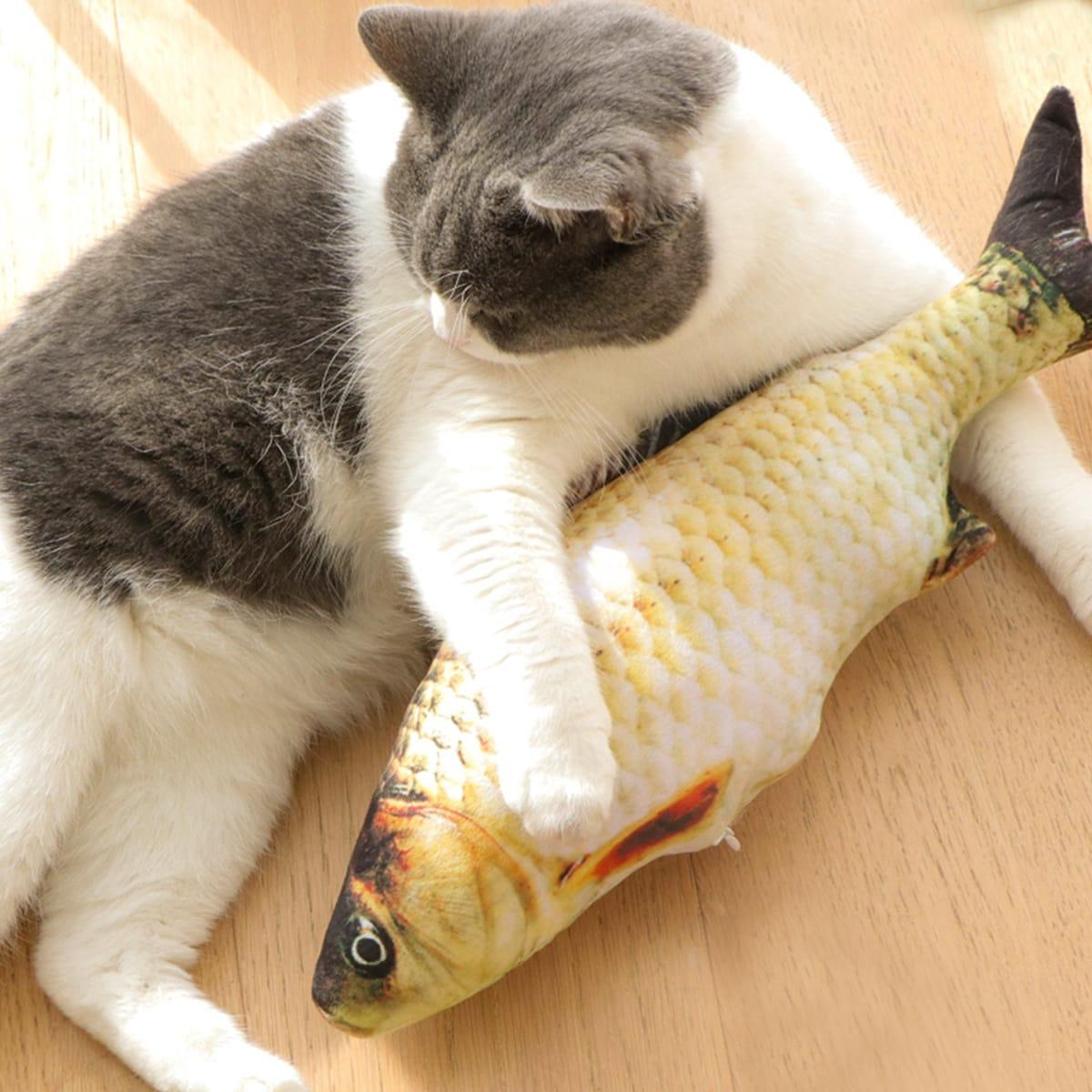 Игрушка для кошек в форме рыбы