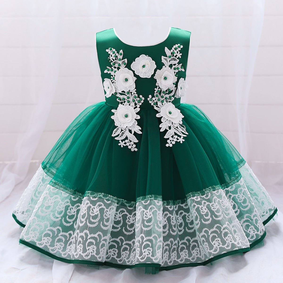 Сетчатое платье с аппликацией и жемчугом для девочек